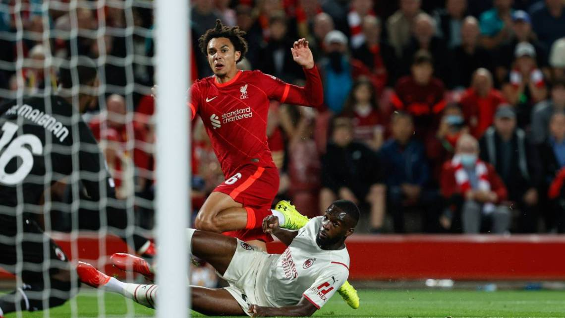 Liverpool-Milan: Pioli ci crede e va in vantaggio, poi l'Anfield rimonta. Che beffa per i rossoneri. Autogol di Tomori, poi Rebic e Diaz per il Milan; rimonta di Klopp con Salah e Henderson.
