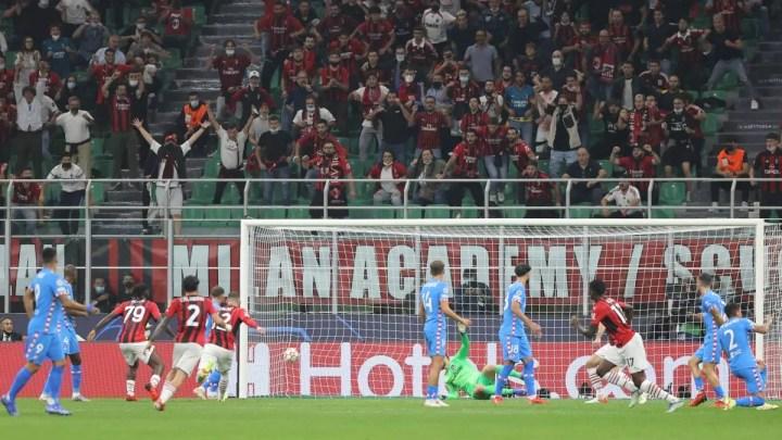 Milan-Atletico Madrid, 1-2: ritorno amaro in Champions per San Siro. Alla prima partita dopo 7 anni, il Milan perde per via di giudizi arbitrali discutibili: in 10 per 60 minuti, subiscono rigore all'ultimo per un dubbio fallo di mano.