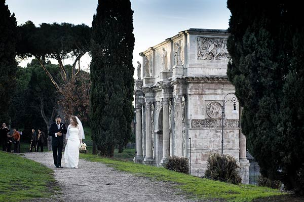 wedding-in-Colosseo-Rome