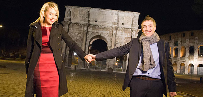 romantic-engagement-in-Rome-Italy