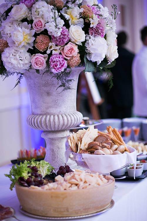 luxurious-catholic-wedding-rome_24