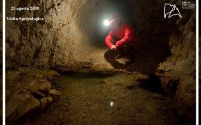 Visita speleologica sul fiume sotterraneo