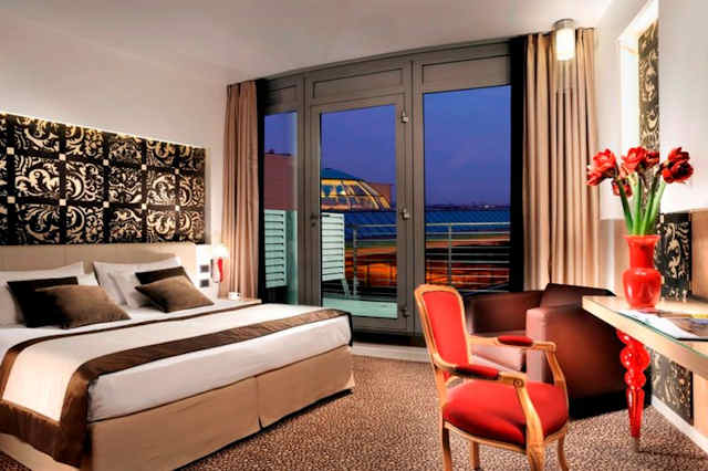 Chambre Deluxe Antony Palace Hotel