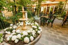 Hotel Victoria Turin Italie (terrasse fleurie)