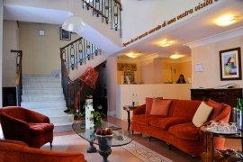 Costantinopoli 104 hotel de charme à Naples, Italie : Salon et accès aux chambres