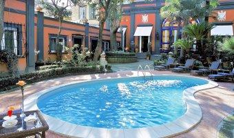 Hotel Costantinopoli 104, centre historique de Naples Italie