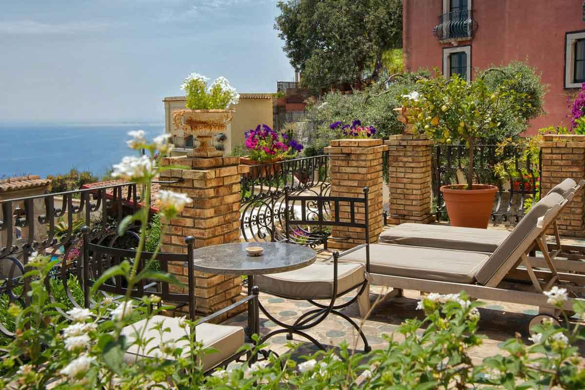 Terrasse de la mini suite de l'hôtel Villa Carlotta - Taormina en Sicile (Italie)