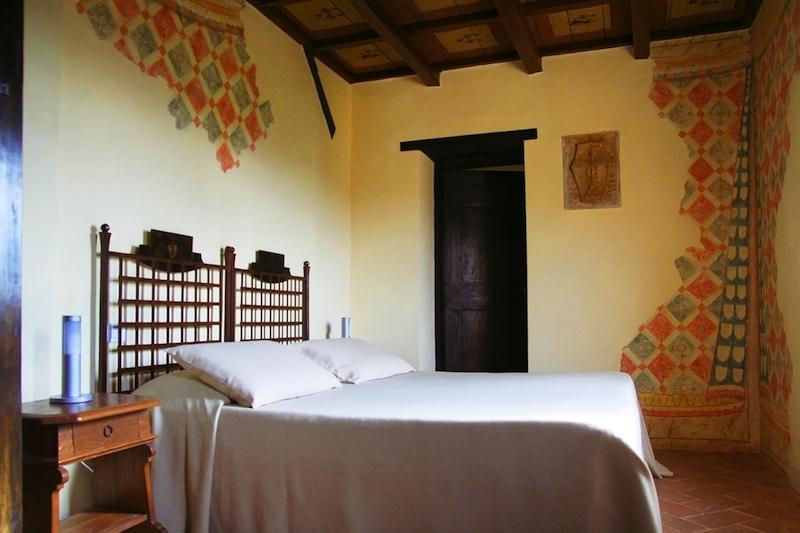Une chambre du Castello di Monterone, hotel a Pérouse, Italie