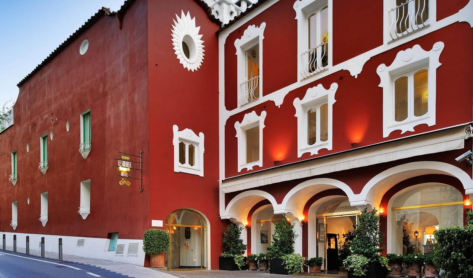 Façade de l'hôtel Sirenuse