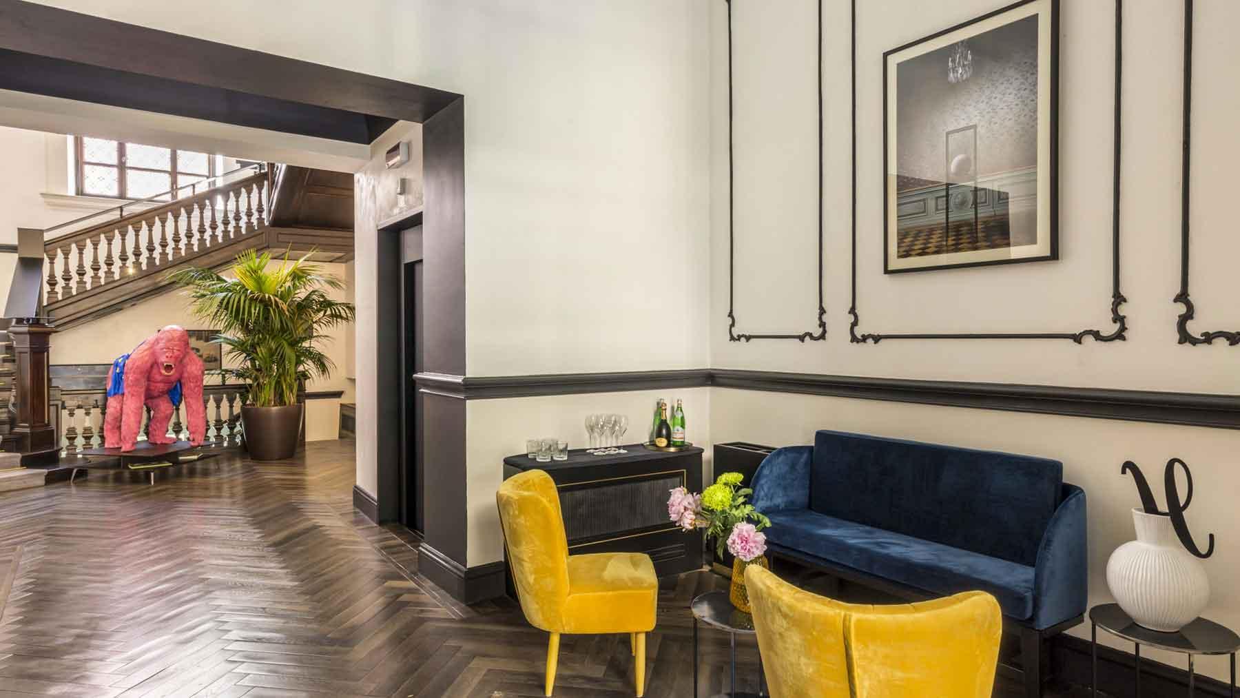 The H'All Tailor Suite Rome : Salon de l'hotel