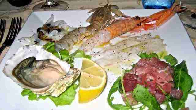 A Common Fish Dish Accompaniment Anywhere Else In The World But To Venetian Purist An Appalling Idea Figurati Should Slice Wend Its Way