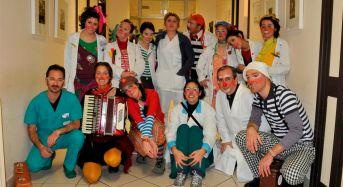 """Domani """"incursione"""" clownesca nei reparti Pediatria e Ostetricia dell'Ompa Ragusa"""