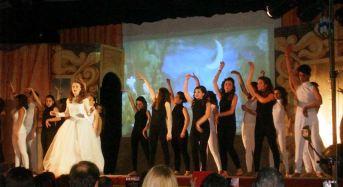 """Vittoria. Grande successo de """"Il fantasma dell'Opera"""", rappresentato dagli attori del """"Teatro Giovani"""" di Acate."""