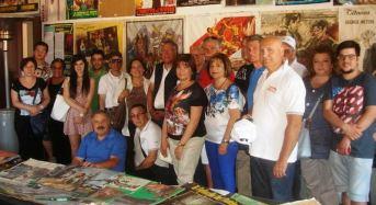 """Acate. Il """"Club Fiat 500 di Ragusa"""" in visita al Castello"""