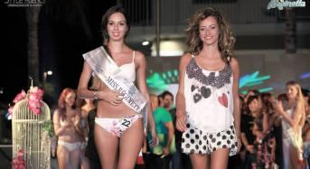 """""""Miss Reginetta d'Italia 2015"""". La responsabile della comunicazione per la Style Agency, Liliana Russo, ringrazia i giornalisti e le redazioni."""