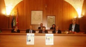 Acate. Presentato il libro di poesie di Domenico Pisana.
