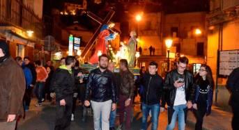 """Ragusa Ibla. Ieri sera l'ultima processione delle Quarantore con il gruppo statuario de """"La Veronica"""""""