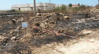 Modica. Incendio a Maganuco fa scoprire discariche abusive di materiali pericolosi
