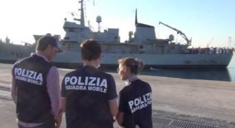 Pozzallo. La Polizia ferma altri 2 scafisti per l'approdo di 546 migranti di sabato