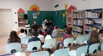 """Concordia sulla Secchia (Mo). Pieno successo del laboratorio """"Oggi si gioca a…diventar lettori"""", a cura della Biblioteca Comunale."""