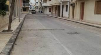 Il PD spazza le strade di Roma i PC (privati cittadini) spazzano le strade di Scoglitti
