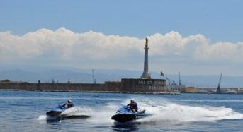 Gli acquascooter della Polizia per controllare mare e spiagge