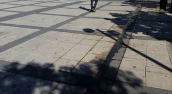 Perdite d'acqua in piazza Duca degli Abruzzi, Territorio denuncia il mancato intervento