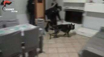 Crotone. Arrestati 22 persone per associazione finalizzata al traffico illecito di sostanze stupefacenti