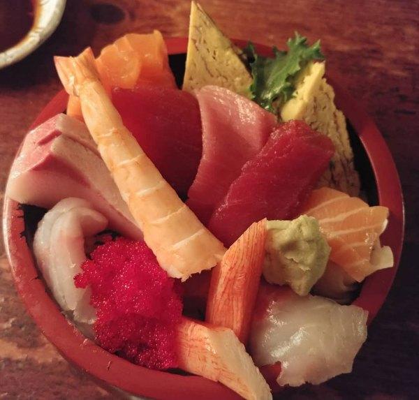 Royal Chirashi - Poke Bowl - Itamae