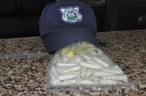 Cocaína foi enterrada em terreno (Paulo Godoy)