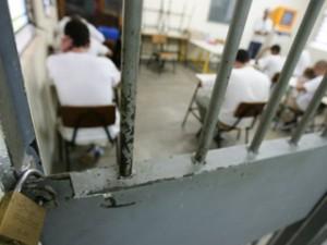 Detentos e internos prestarão exame (Reprodução)