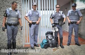 PMs surpreenderam ladrão dentro da casa e evitaram furto