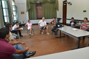 Reunião envolveu membros da Secretaria e de agremiações carnavalescas (Divulgação)