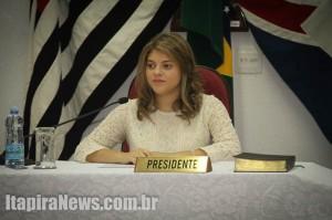 Olívia Calidone venceu o pleito para a Presidência do Parlamento Jovem