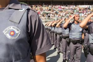 Tropa de novos soldados da PM se posiciona no Anhembi durante formatura (Diogo Moreira)