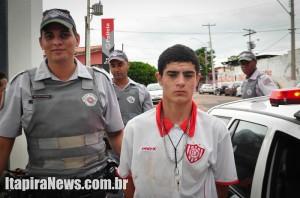 Almeida foi detido pela PM e acabou preso