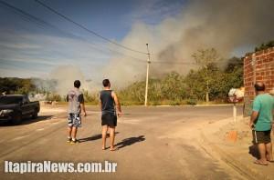 Populares ficaram incomodados com grande queimada nos Prados