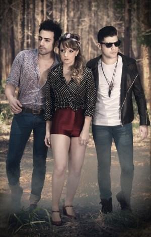 Trio Villa Baggage faz show em Itapira, na sexta-feira (Divulgação)