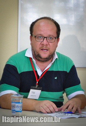 Giraldi aguarda até cinco candidatos por vaga