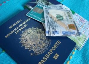 Gastos de brasileiros crescem no Exterior, mesmo com moeda americana em alta (Reprodução)
