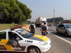 Policiais rodoviários intensificaram fiscalização nas rodovias (Divulgação/PM)