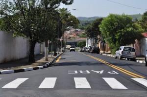 Rua do Hospital Municipal teve o pavimento recuperado (Divulgação)