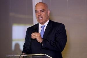 Ministro Alexandre de Moraes anunciou que governo deve propor mutirão para rever a situação de cerca de 100 mil presos provisórios em todo o país (Wilson Dias/Agência Brasil)