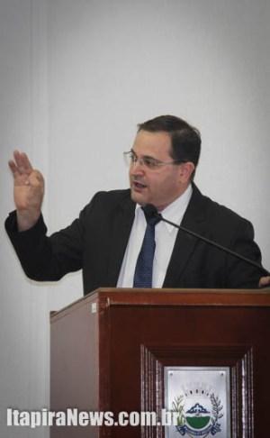Lopes criticou governo e base por falta de clareza em projeto