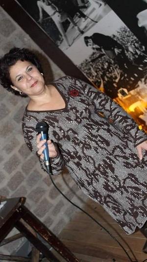 Cantora se apresenta na última edição da temporada (Divulgação)