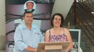 Os diretores do Iesi, Willian Zacariotto, e da Etec, Débora Parejo (Divulgação)
