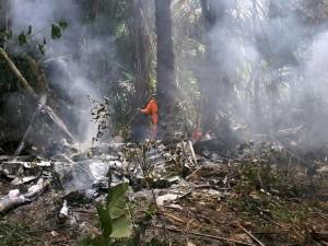 Subiu para seis o total de vítimas fatais de acidente aéreo em Manaus (Reprodução/G1)
