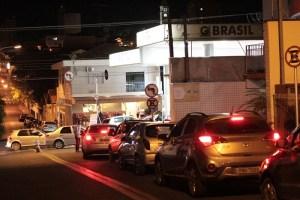Após breve bloqueio, acesso de veículos foi liberado