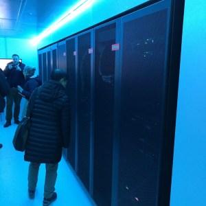 Superpočítač s 80 serverovými uzly Lenovo