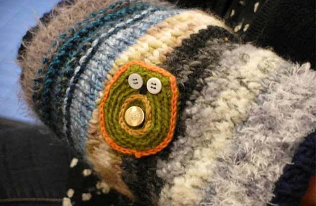 Twiddle muff http://www.itchinforsomestitchin.com
